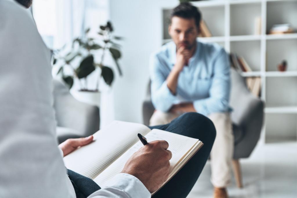 Orienter un client vers un autre professionnel : Quand et comment?